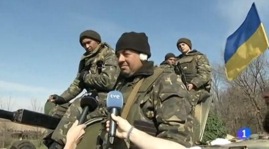 Fotograma d'una de les cròniques del corresponsal Carlos Franganillo durant la crisi d'Ucraïna. Font: www.rtve.es