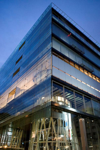 Mediateca de Sendai. Autor: scarletgreen. Font: Wikipedia